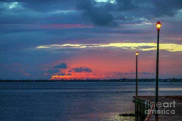 Photograph - Lamp Post Dawn by Tom Claud