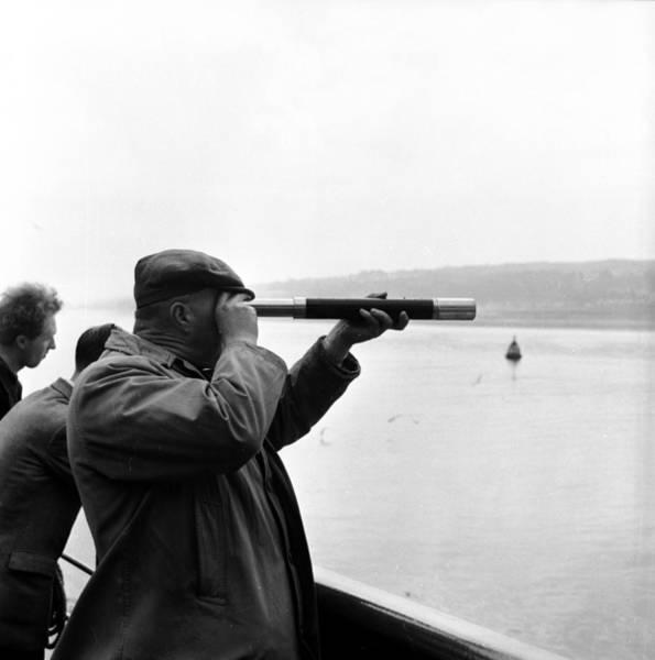 Clyde Photograph - Land Ahoy by Bert Hardy