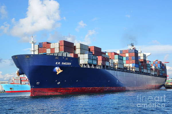 Photograph - Large Container Ship Leaves Kaohsiung Harbor by Yali Shi