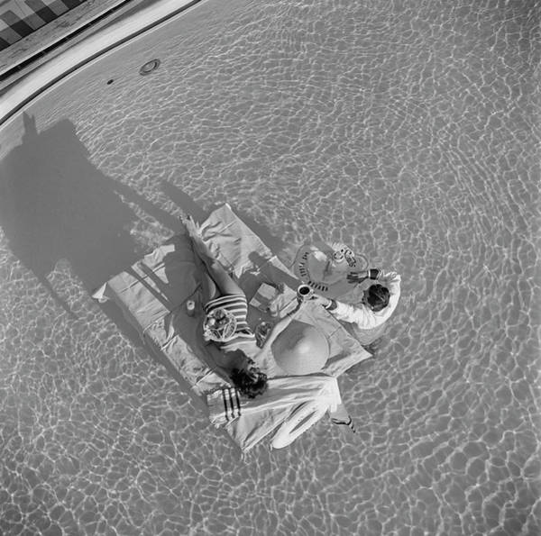 Water Photograph - Las Vegas Luxury by Slim Aarons