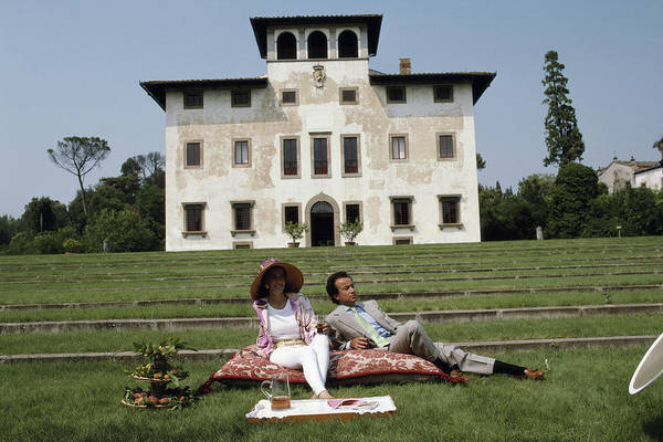 Ground Photograph - Laudomia And Alessandro Pucci by Slim Aarons
