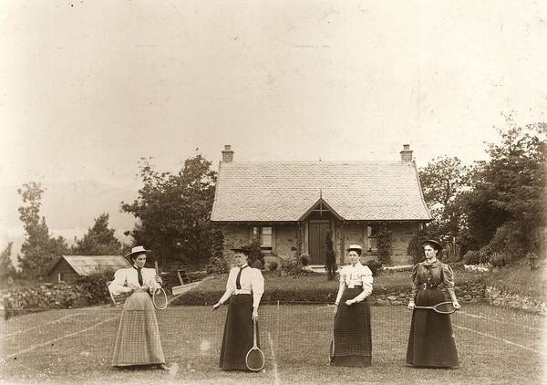 Court Photograph - Lawn Tennis Ladies by Hulton Archive