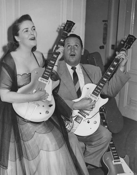 Photograph - Les Paul And Mary Ford by Ron Burton