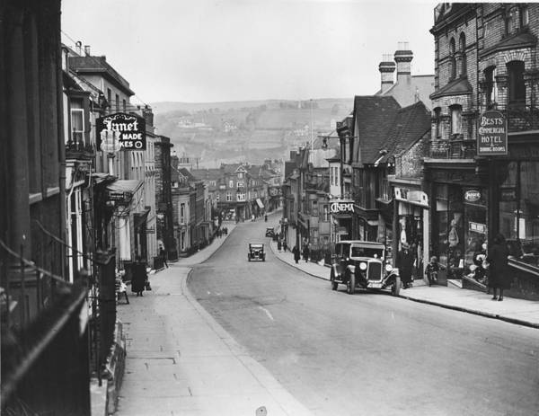 Lewes Photograph - Lewes Street by Fox Photos