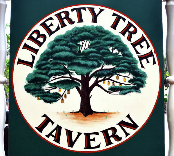 Wall Art - Photograph - Liberty Tree Tavern Sign by David Lee Thompson