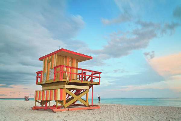 Beach Hut Photograph - Life Guard Station With Cloudy Sky by Enzo Figueres