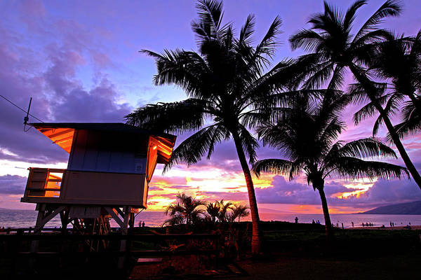 Kihei Photograph - Lifeguard Shack by James Roemmling