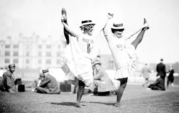 Photograph - Limber Ladies, 1909 by Science Source