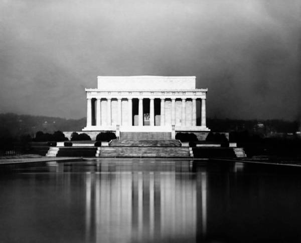 Wall Art - Photograph - Lincoln Memorial And Reflecting Pool - 1923 by War Is Hell Store