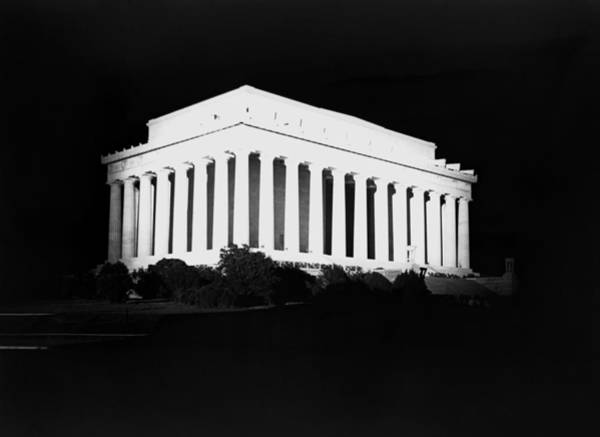 Wall Art - Photograph - Lincoln Memorial At Night - Washington Dc - 1922 by War Is Hell Store