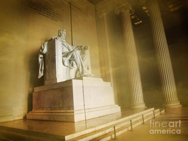 Photograph - Lincoln Statue by Scott Kemper