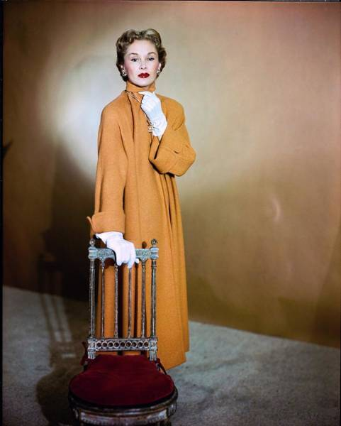 Lisa Fonssagrives Photograph - Lisa Fonssagrives Wearing Harry Williams Ltd by Horst P. Horst