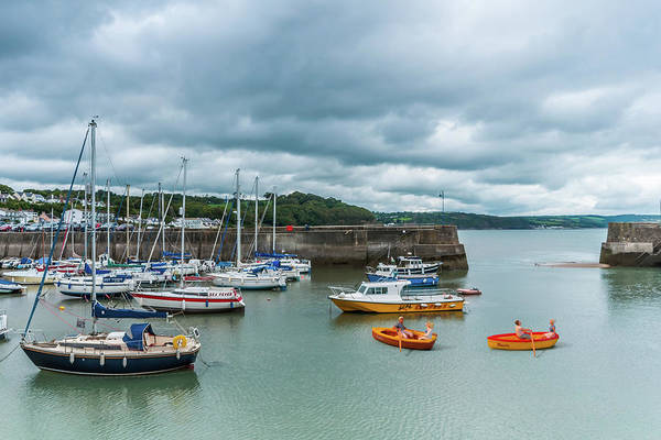 Photograph - Little People At Saundersfoot by Steve Purnell