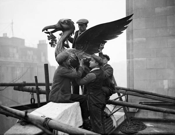 Statue Photograph - Liver Bird by Fox Photos