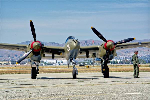 Wall Art - Photograph - Lockheed P-38 Lightning by Hayman Tam