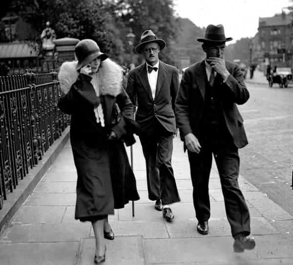 Kensington And Chelsea Photograph - London, England, 4th July 1931, Irish by Popperfoto