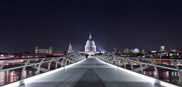 Capital Cities Photograph - London, England by Latitudestock - Kavch Dadfar
