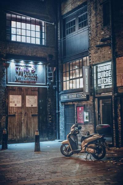 Photograph - London Foggy Corners by Nisah Cheatham