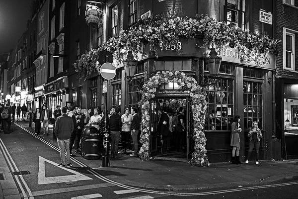 Photograph - London Nightlife Covent Garden London Uk Black And White by Toby McGuire
