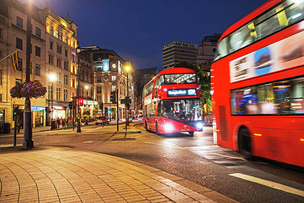 Photograph - London Uk Trafalgar Square United Kingdom by Toby McGuire
