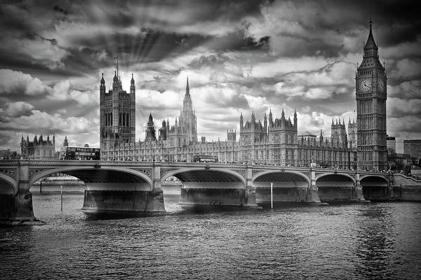 Wall Art - Photograph - London Westminster Bridge Sunrays - Monochrome by Melanie Viola