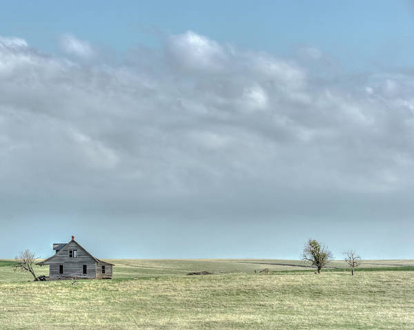 Photograph - Lonely House by Laura Hedien