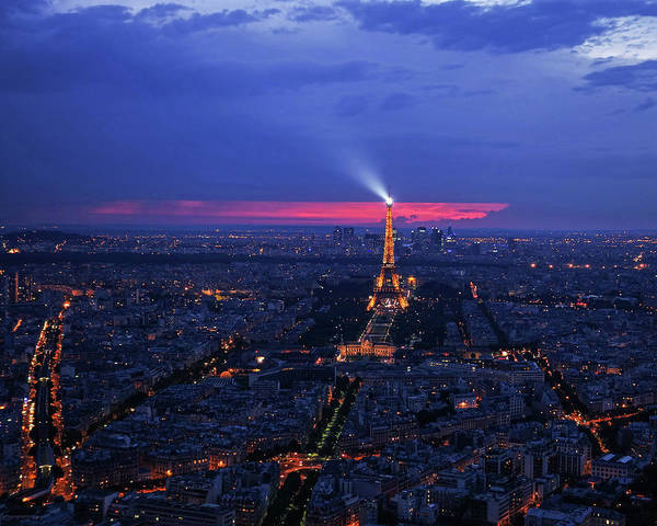 Photograph - Looking Down On Paris And The Eiffel Tower At Sunset by Toby McGuire