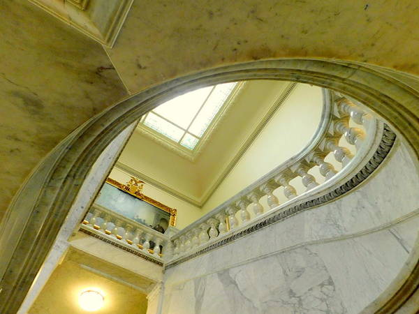 Wall Art - Photograph - Looking Up In The Maryland State House by Arlane Crump