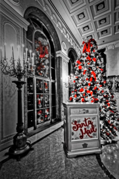 Photograph - Lotte New York Palace Christmas Tree by Susan Candelario