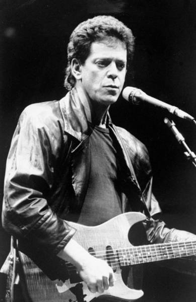 Daily News Photograph - Lou Reed Sings At Childrens Health by New York Daily News Archive