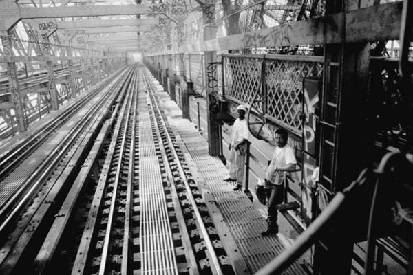 Williamsburg Photograph - M Train Going Over Williamsburg Bridge by New York Daily News Archive