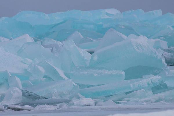 Photograph - Mackinaw City Ice Formations 21618010 by Rick Veldman