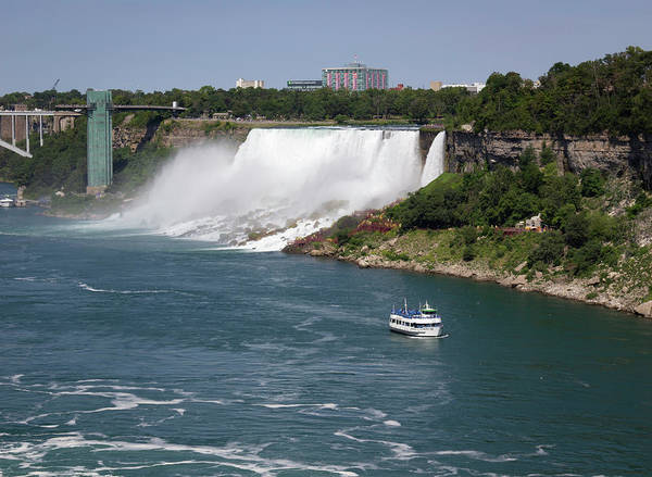 Wall Art - Photograph - Maid Of The Mist 06 by Teresa Mucha