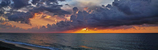 Photograph - Majesty Of The Sea by Roberto Aloi