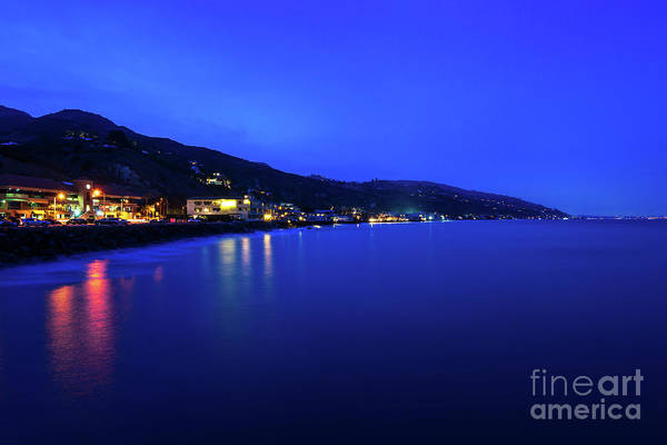 Wall Art - Photograph - Malibu California Coastline At Night Photo by Paul Velgos
