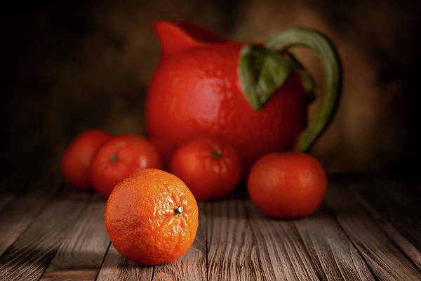 Citrus Fruit Photograph - Mandarin Oranges - Cuties by Tom Mc Nemar