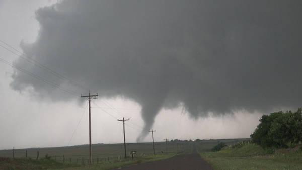 Photograph - Mangum Oklahoma Tornado 004 by Dale Kaminski
