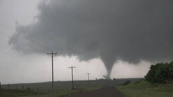 Photograph - Mangum Oklahoma Tornado 007 by Dale Kaminski