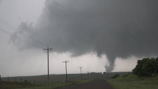 Photograph - Mangum Oklahoma Tornado 009 by Dale Kaminski