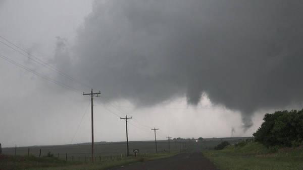 Photograph - Mangum Oklahoma Tornado 012 by Dale Kaminski