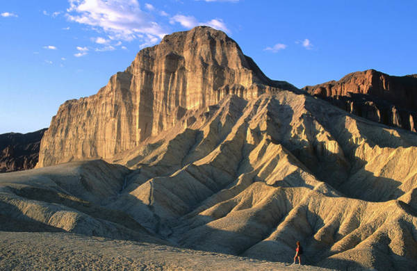 Toughness Photograph - Manly Beacon, Death Valley National by John Elk Iii