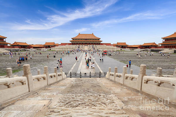 Travel Destinations Wall Art - Photograph - Many Tourists In The Forbidden City by Chuyuss