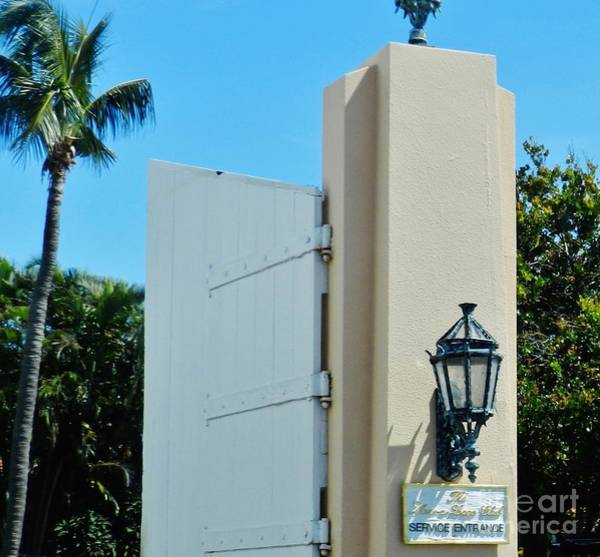 Wall Art - Photograph - Mar-a-lago Club Entrance by Snapshot Studio