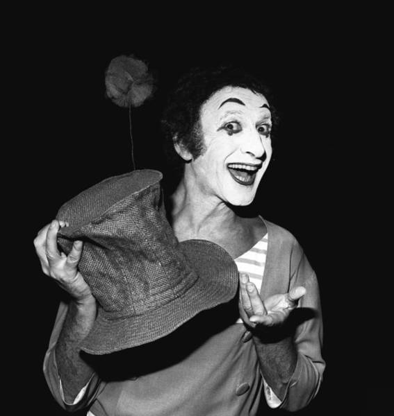 Wall Art - Photograph - Marcel Marceau At The Champs Elysees by Keystone-france