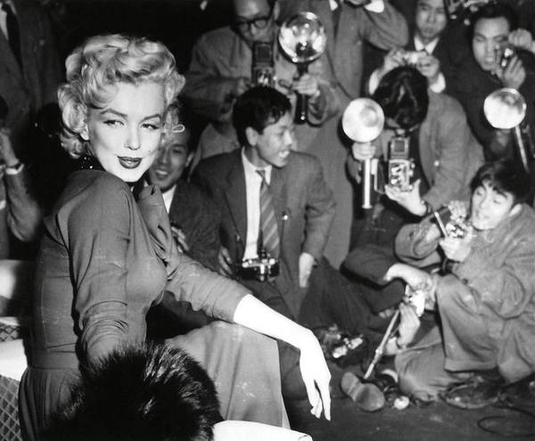 Tabloids Photograph - Marilyn Monroe In Japan For His Honeymoon With Joe Dimaggio, 1954. by Album
