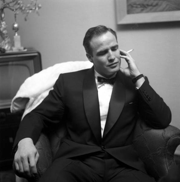 Social Event Photograph - Marlon Brando At A Party by Michael Ochs Archives