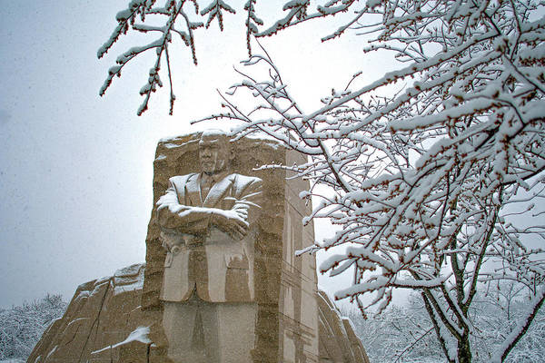 Photograph - Martin Luther King Memorial In The Snow 1 by Marvin Bowser