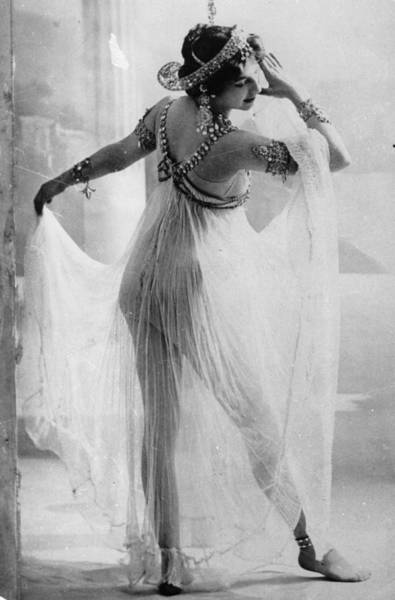 Real People Photograph - Mata Hari by Walery