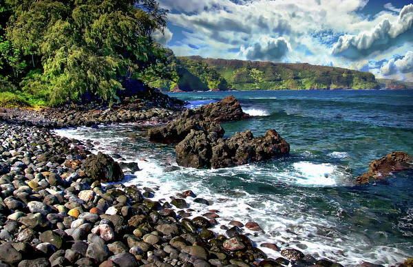 Photograph - Maui Peninsula by Anthony Dezenzio