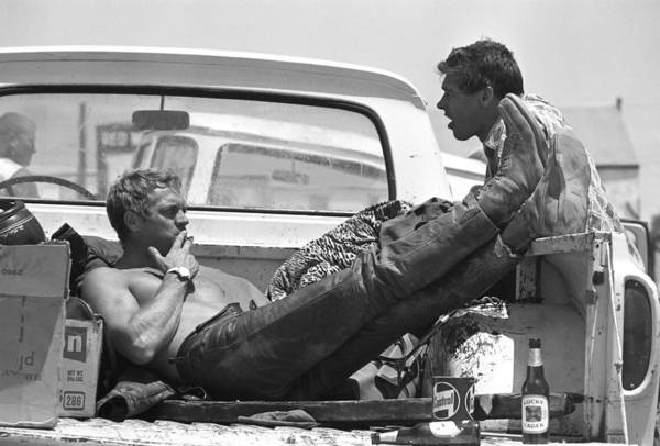 Movie Photograph - Mcqueen & Ekins Talk by John Dominis